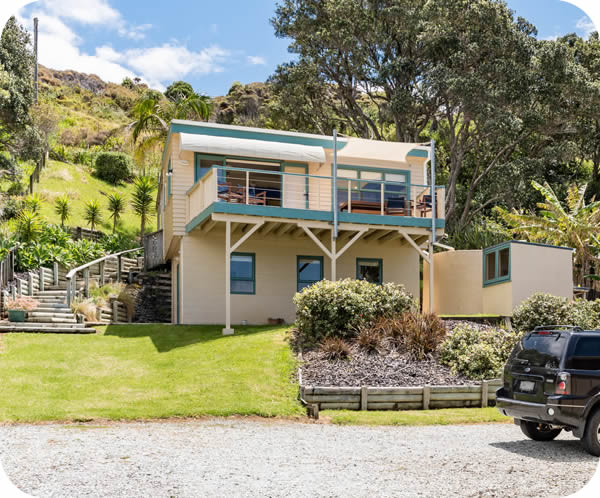 Taupo Bay Beach House